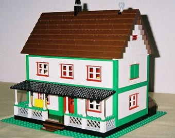 Farmhouse building instructions - use your own LEGOs to build this custom model