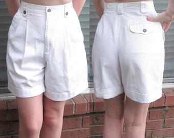 White Retro High Waisted Pin Up Shorts / Size 4