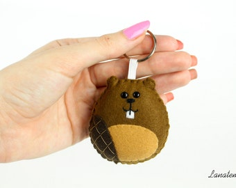 Cute Keychain. Stuffed Animals. Dentist Gift. Felt Kawaii. Beaver Plush. Tooth Fairy. Funny Gift for Engineer. Under 20. Handmade keyrings