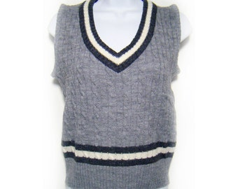 7 Dollar SALE---Vintage 80's COLLAGE Grey Sweater Vest M