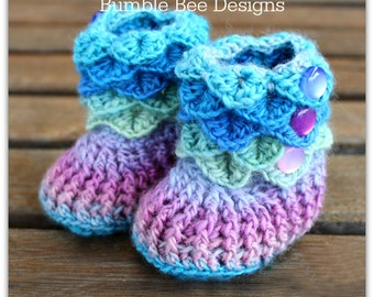 Crochet Crocodile Stitch Baby Booties mermaid colours size 0-6 months, crochet booties, baby booties, merino wool, baby gift, rainbow