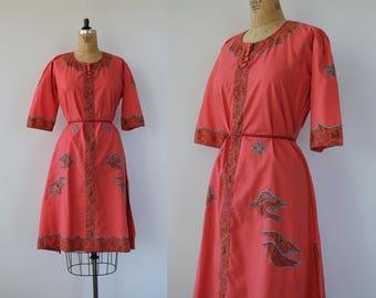vintage 1970s dress / 70s tunic maxi dress / 70s dove appliqué dress / 70s boho dress / 70s festival dress / 70s salmon pink dress / M L XL