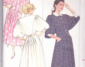 Butterick 5996 CLEARANCE Vintage Pattern Womens Mid-Calf  Dress  in Variations Size 8