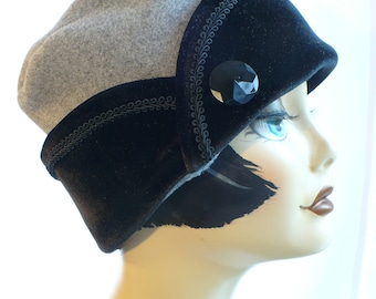 Gray Heather Pillbox Lid with Black Velvet Cuff