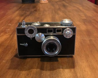 Vintage Argus C3 Camera - Great For Decor!