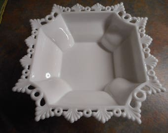 Westmoreland Ring and Petal Octagon Bowl - Vintage 10 inch Square
