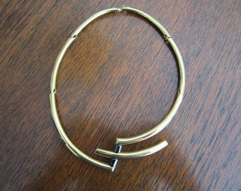Vintage Very Modern Monet Collar Necklace=FREE SHIPPING (US)