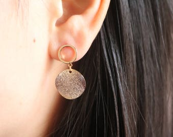 Minimal Earrings Gold Disc Earrings Gold Stud Earrings Dainty Gold Earrings Gold Circle Earrings Dangle Earrings
