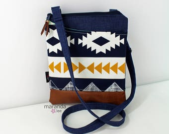 ZOE Messenger Cross Body Sling Bag - Arizona with PU Leather READY to SHIp  Ipad bag