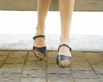 Leopard shoes // Pointy flats // Leather shoes // Leopard flats // Closed toe sandals // Mary Janes flats // Designer handmade women shoes