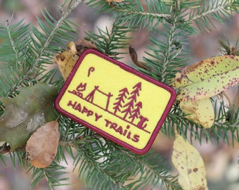 HAPPY TRAILS Vintage Style Dog Camping Patch