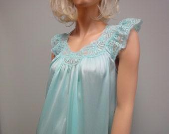 Vintage 80 s courte Nylon et dentelle chemise de nuit de l'ombre au Glacier Turquoise pâle bleu taille s