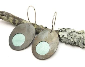 Peekaboo earrings / oval / aqua