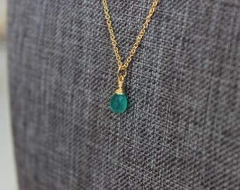 Emerald Onyx Gold Necklace