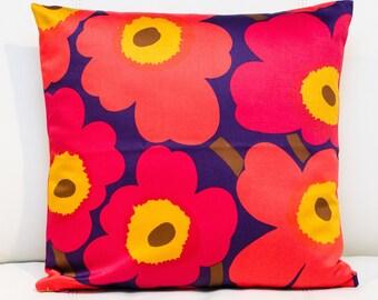 "16""x16"" Marimekko Pillow Cover. Handmade. Pattern: Unikko by Maija Isola."