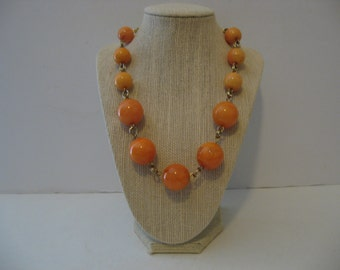 "Vintage 19"" Peach Beads necklace"