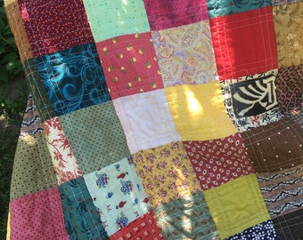 Cheerful, eclectic, full size bed quilt