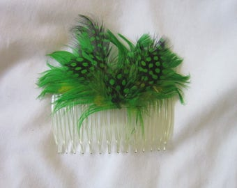 Vintage Pretty Bird Feather Hair Comb