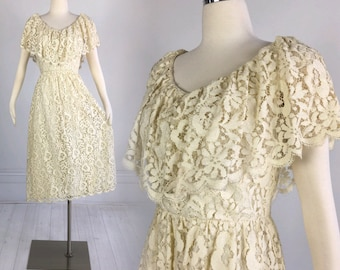 Vintage 1970s IVORY LACE DRESS Miss Elliette alt wedding scallop floral boho hippie romantic size S M alternative bride 60s 70s 1960s