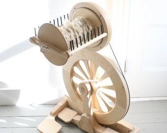 Spinolution Mach III Spinning Wheel