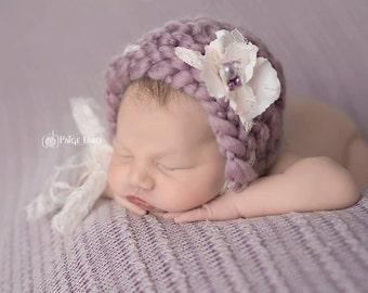Flower Bonnet, Floral Bonnet, Baby Hat, Knit Baby Bonnet, Newborn Baby Hat, Baby Photo Prop, Newborn Photo Props, Baby Hat, Knit Baby Hat