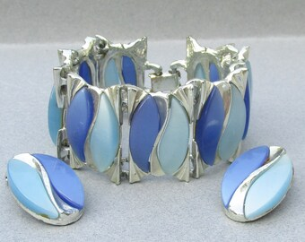 Large 1950's Blue Thermoset Lucite Wide Silver Tone Bracelet & Earrings Set