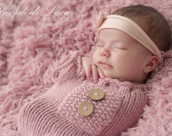 Newborn cocoon and bonnet Photography props