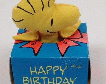 1972 *RARE* Peanuts Woodstock Happy Birthday Box Applause/Determined Productions - Plush 3""