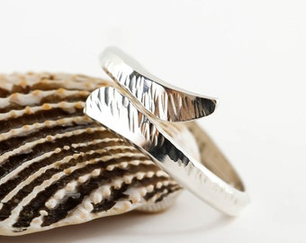 Hammered Silver Ring, Silver Wrap Ring, Bypass Ring, Oxidised or Polished, 925 Sterling Silver, Adjustable, Thumb ring