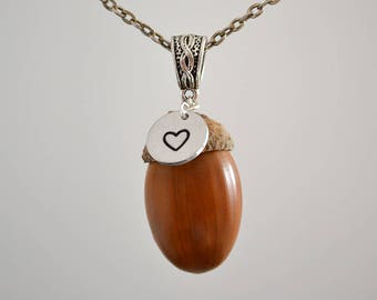 Acorn pendant necklace, Acorn pendant, Acorn necklace, Acorn jewelry, Acorn gift, Natural acorn pendant, Natural acorn necklace.