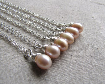 Pearl Necklace, Bridesmaids Gifts, Pink Pearl, Peachy Pink, Oval Pearl, Wire Wrapped Jewelry