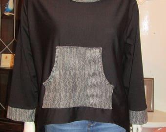 Size M/L 18-24 - Sooped Hem Sweatshirt - Plus Size