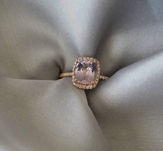 Moody Sapphire Ring. 3.22ct Color change sapphire ring. Rose gold engagement ring Cushion ring Sapphire ring by Eidelprecious