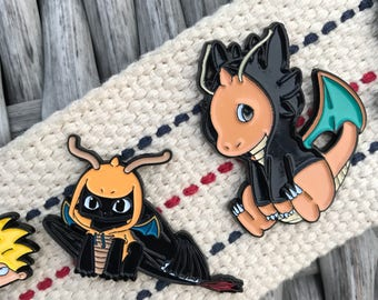Set of 2 - TOOTHLESS DRAGONITE Enamel Pin Set- Soft Enamel Hat Pin- Enamel Lapel Pin
