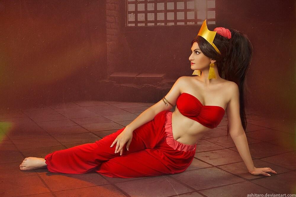 Jasmine rouge il baise sa boniche et la paie en liquide 10