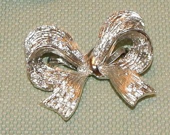 Vintage  Brushed Silver tone Bow shaped  Brooch Pin Collectible Jewelry Vanity Drawer Holiday Christmas