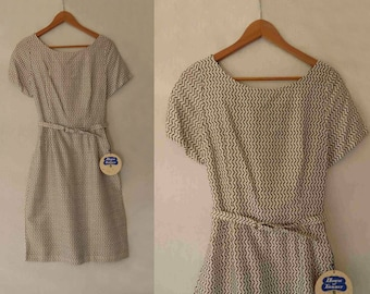 Vintage Dress - Brown and White Zig Zag Dress - NOS, Dead Stock With Tags - 1960s Vintage - Bust 81 cm