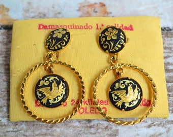 Damascene Clip Earrings.Vintage Damascene Earrings.Traditional Toledo earrings.Black and Gold Medieval Spain Etched Metalwork.From 60's.