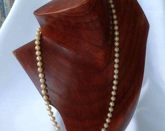 Vintage Synthetic Pearl Single Strand Necklace - 1950's to 1960's
