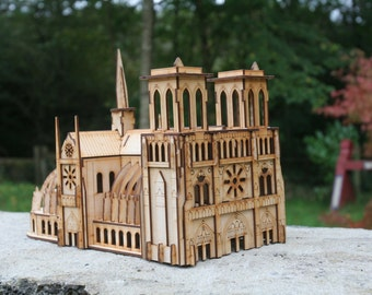 Laser cut Notre Dame 3mm Ply wood kit