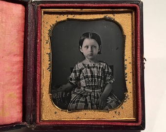 Early Daguerreotype of an Adorable Little Girl, 19th Century Antique Photo in Full Leather Case