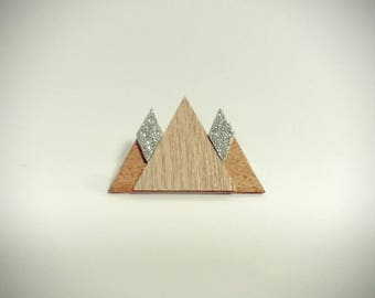 "Brooch ""three little mountains"""