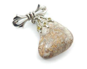 Vintage Brown Swirl Stone Brooch, Bow, Semi Precious Stone, Lapidary, V49