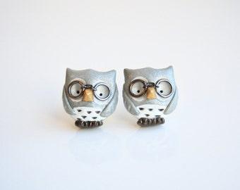Henry the owl stud earring