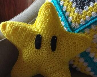 Nes Mario Star Pillow
