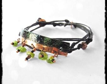 Bracelet bohemian style - enamelled copper - Peridots
