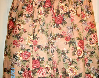 Summer Floral Shorts by Enchante Sport, Sz 20, 100 Cotton, Pleated Front & Gathered Back, New  Shorts