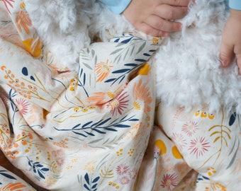 floral lovey blanket, floral baby blanket, floral kids bedding, floral crib blanket, toddler blanket, baby shower gift, floral fur blanket