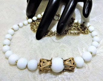 Beautiful Miriam Haskell Milk Glass and Double Russian Gold Tone Chain Link Necklace