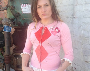Embellished pink argyle heart and lace sweater size sm-med